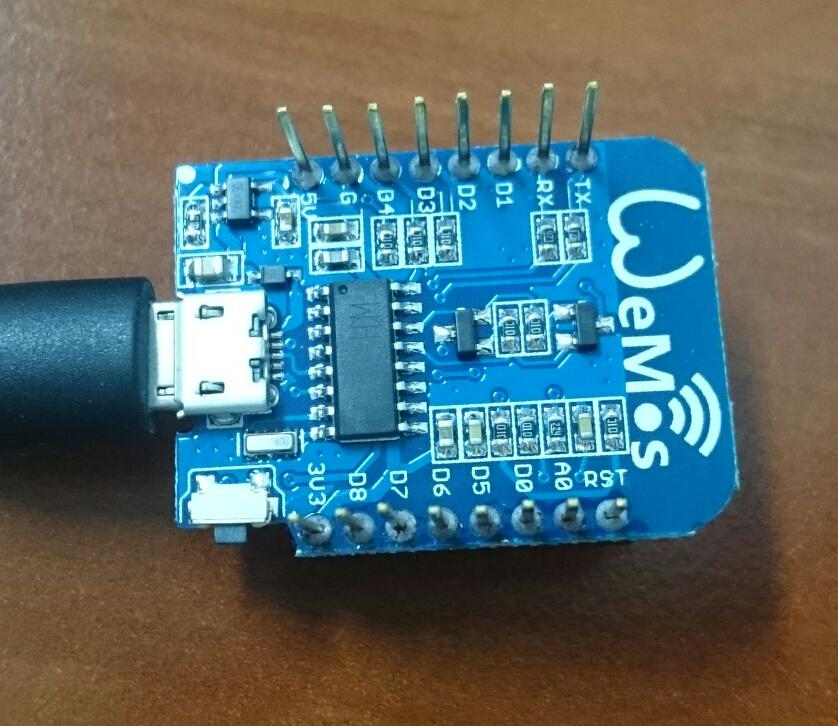 ESP8266: DHT22 temperature sensor